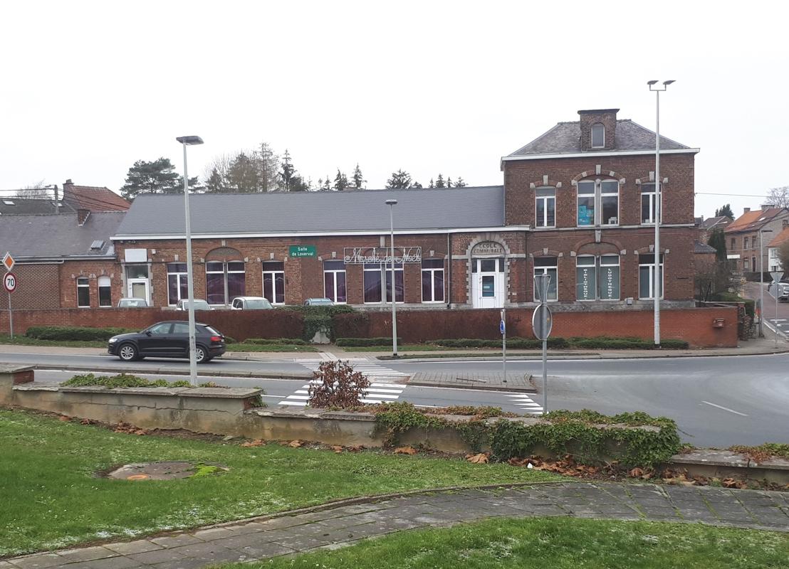 Salle Loverval Façade